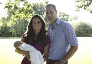 Новини Британії - Кейт Міддлтон - принц Джордж Александр Луї - У Британії представлені перші офіційні фото принца Джорджа
