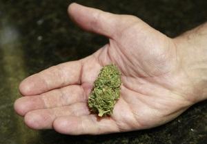 Американцеві продали сейф зі 136 кг марихуани