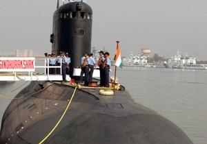 Новини Індії - підводний човен - Виявлено перші тіла загиблих при вибуху на індійському підводному човні