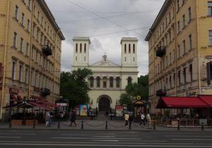 DW:  Церква-басейн  у Санкт-Петербурзі