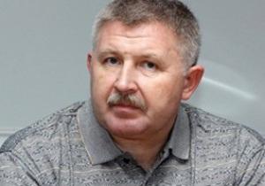 Відомий російський тренер загинув, випавши з вікна