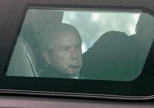 Джорджу Бушу-молодшому провели шунтування серця