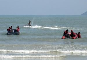 Таїланд - нафтова пляма - закриття - пляжі