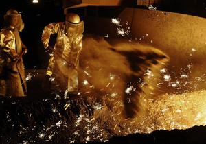 Виробництво сталі - металургія - Україна піднялася на два рядки у Топ-10 світових виробників сталі