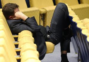 Песимізм українських клерків за півроку змінився стриманим оптимізмом - опитування
