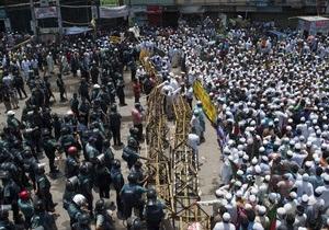Прихильники лідера Джамаат-і-Ісламі виходять на масові акції протесту