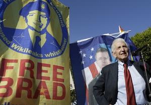 Інформатор преси часів війни у В'єтнамі застеріг Сноудена: Обама небезпечніший за Ніксона