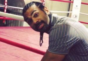 Скандальный Хэй подписал контракт на бой с Фьюри прямо на ринге