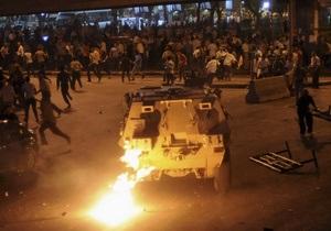 Зіткнення в Єгипті - Мурсі - У зіткненнях біля Каїрського університету загинули 16 людей