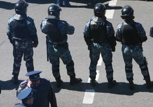 Міліція евакуювала 800 людей через повідомлення про мінування вокзалу в Харкові