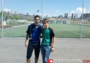 Генрих Мхитарян тренируется в Армении