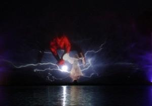 Новини Вінниці - фонтан у Вінниці - На найбільшому в Європі світломузичному фонтані у Вінниці показали шоу за мотивами Лебединого озера