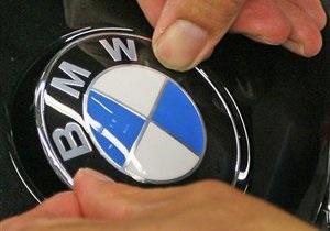 BMW відмовляється міняти свої авто заради iPhone і iPad