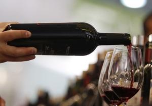 После семилетнего перерыва первая партия грузинского вина отправилась в Россию - грузинское вино