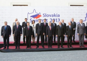 Янукович: інтеграція України до ЄС врятує Європу від кризи