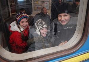 Влада столиці назвала станції метро, які першими отримають мобільний зв язок - інтернет у метро