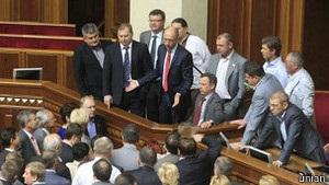 Депутати пішли з Ради, так і не заслухавши уряд