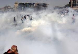 Третя жертва безладів у Туреччині: чоловік помер через травму голови