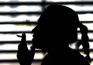 Популярна марка сигарет - Українці можуть втратити популярної у світі марку сигарет - Ъ