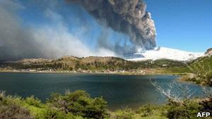 Чилі та Аргентина евакуюють людей через активацію вулкана