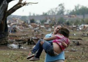 В Оклахомі шукають вцілілих після торнадо
