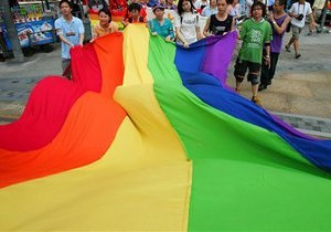 новини Києва - гей-парад у Києві - Міська влада звернеться до суду з вимогою заборонити гей-парад у Києві 25 травня