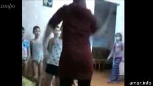 В інтернаті в Росії били дітей і знімали це на відео