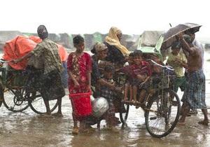 По Бангладеш, Бірмі та Індії вдарив циклон Махасен