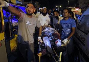 Перед виборами в Пакистані хвиля насильства захлеснула Карачі