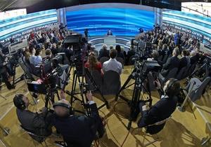 Зовсім з їхали з глузду: Найяскравіші висловлювання Путіна на прямій лінії