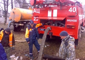 Паводок - погода - повінь - потоп - В Україні залишаються підтопленими 12 населених пунктів
