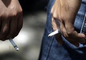 Кілька сигарет на день підвищують ризик артриту