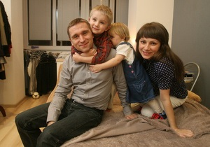 Корреспондент: Зворотний відлік. Уперше в Україні зафіксовано зменшення числа ВІЛ-інфікованих