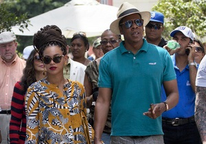 Бейонсе і Jay-Z відвідали Кубу з дозволу американської влади