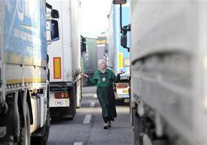 У Кабміні лякають введенням плати за користування дорогами для вантажних авто