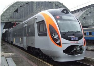 Новости Укрзалізниці - Укрзалізниця назначила дополнительные поезда на время пасхальных и майских праздников