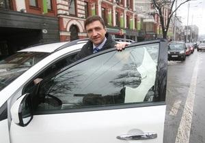 Корреспондент: Відняли кермо. Нове мито на імпортні автомобілі спричинило хвилю обурення й протестів