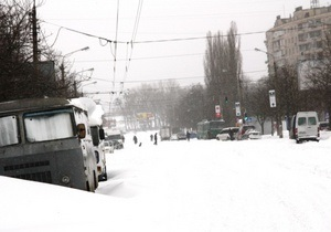 У Києві автобуси вийшли ще на вісім маршрутів