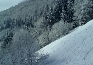 Снігопади в Україні - ситуація на дорогах - негода в Україні: В Івано-Франківській області в горах зійшли три лавини
