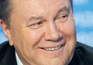 Янукович присутній на матчі Польща-Україна у Варшаві