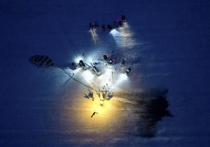Новини науки - МКС: У Казахстані приземлилася капсула з екіпажем МКС