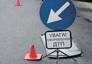 Новини Харкова - У Харкові зіткнулися чотири автомобілі, є постраждалі