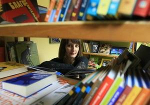 У Луганську відкрили перший український книжковий магазин