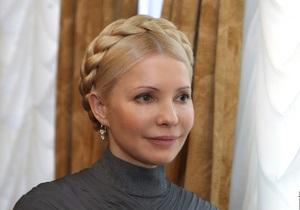 Тимошенко вважає, що поезія Шевченка сьогодні роз єднує Україну