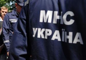 Піротехніки почали новий етап розмінування артбази у Новобогданівці