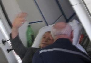 Власенко: Стан Тимошенко не покращується. Німецькі лікарі досі чекають дозволу на приїзд до неї