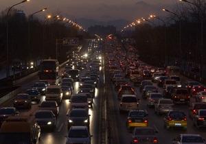 Експерти з ясували, з якими труднощами стикаються українці по дорозі на роботу
