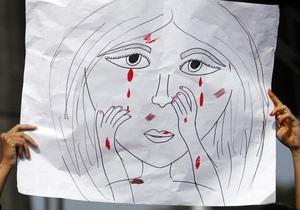 Корреспондент: Полювання на жінок. Соціальні забобони і традиції призвели до сплеску зґвалтувань в Індії
