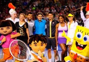 Фотогалерея. Как Федерер, Джокович и Азаренко на Australian Open детей веселили