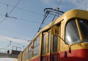 Через негоду в Києві закрили трамвайний маршрут у Пущу-Водицю - сніг - транспорт - місто